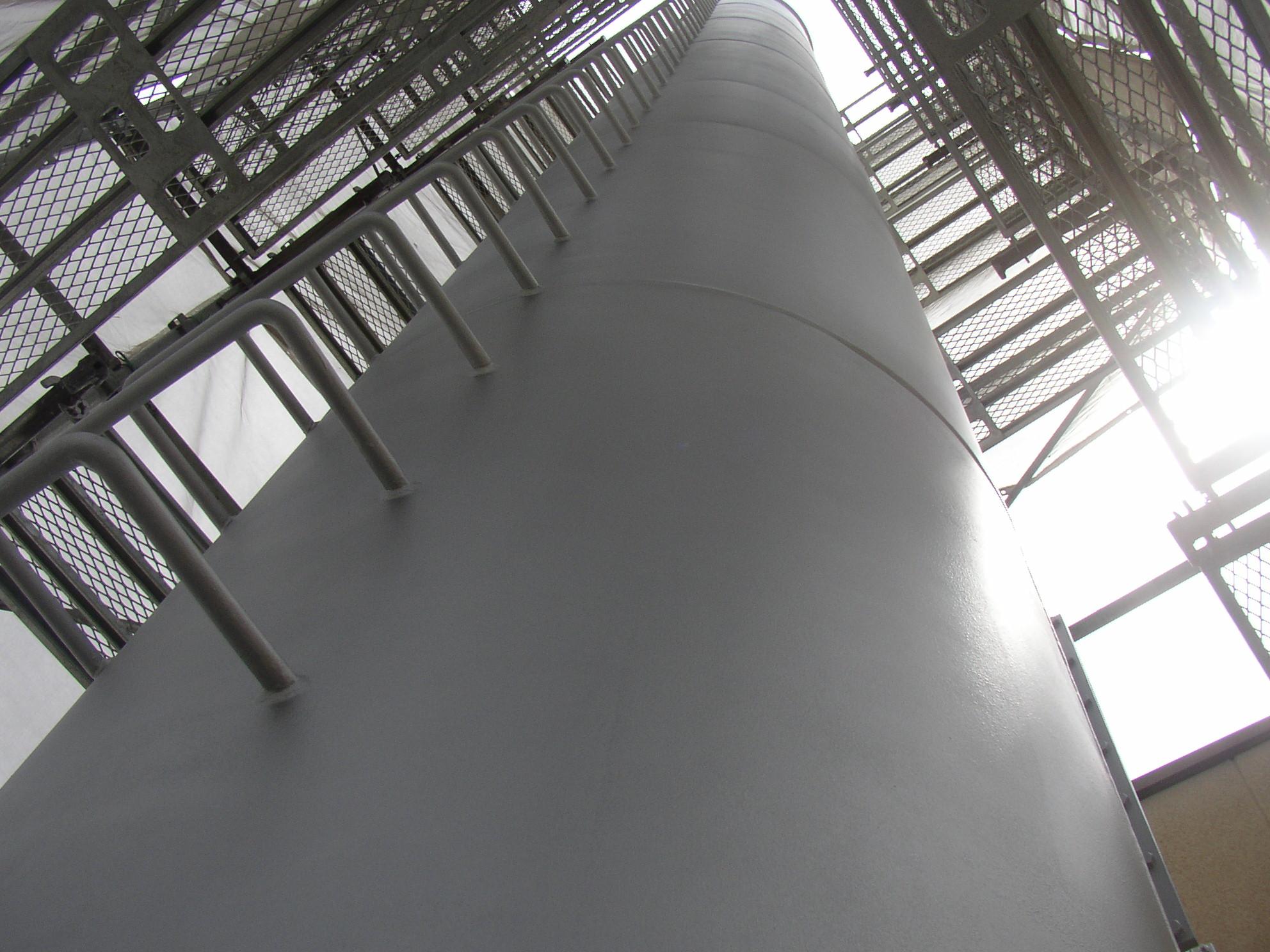 煙突鋼管 耐熱塗装工事