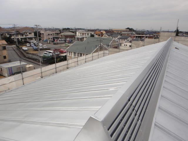 上尾市内 中学校武道館 屋根塗装改修工事