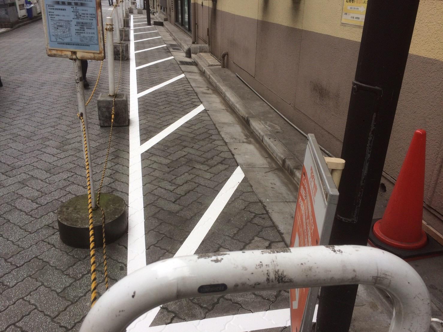駐輪場 ライン塗装工事