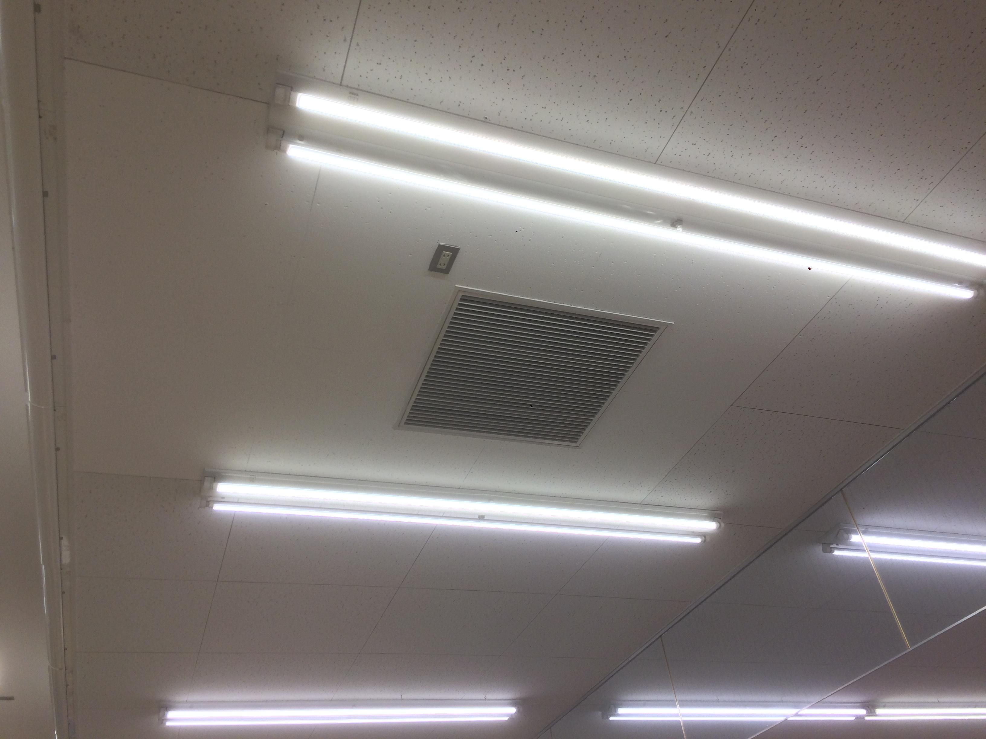 千葉県船橋市 商業施設 防カビ塗装工事