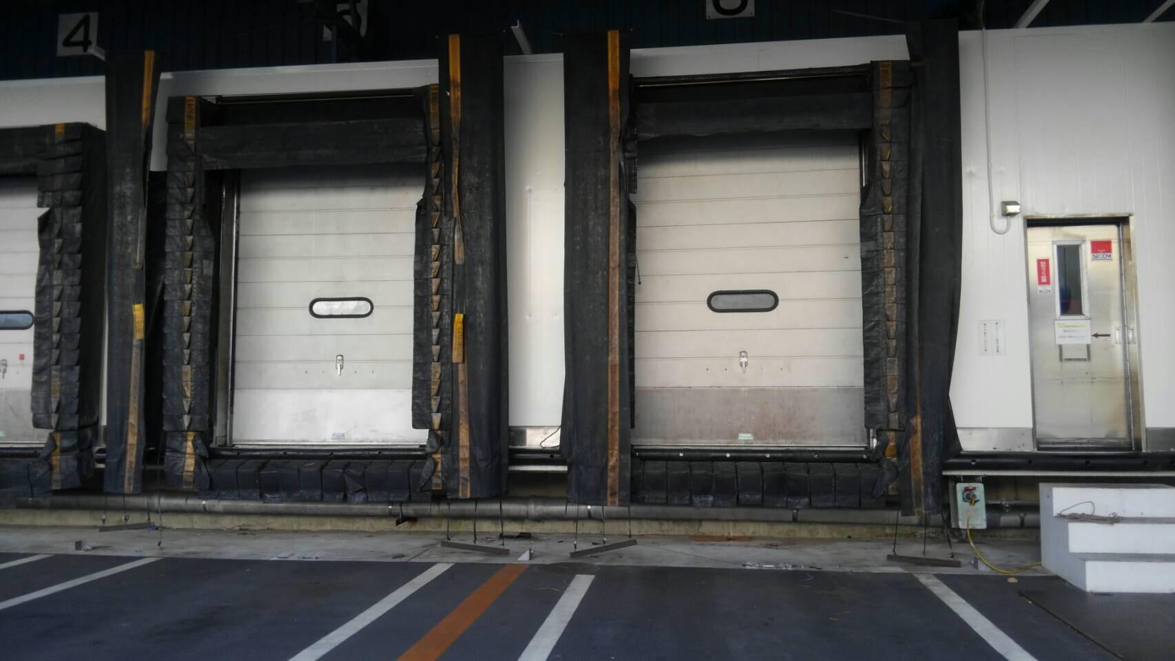 千葉県市川市 倉庫 プラットホーム外壁塗装工事