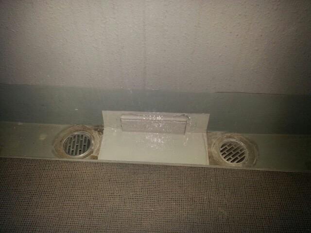 集合住宅 共用廊下側溝防水工事