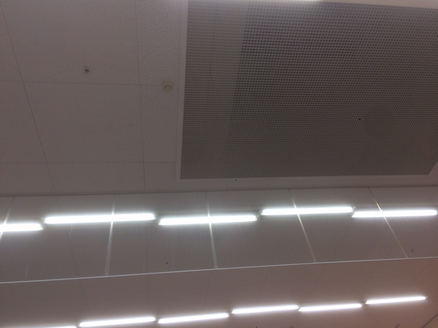 商業施設 抗菌塗装工事