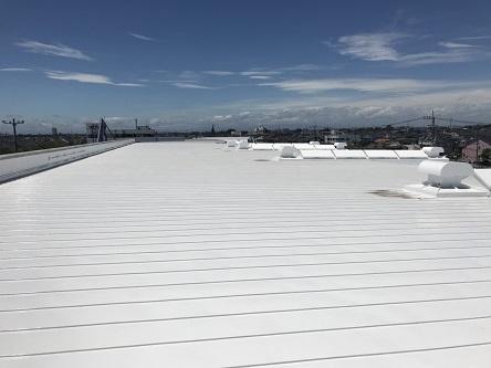 屋根折板遮熱塗装工事
